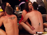 Amateur swingers learn and gets horny