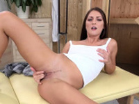 Wetandpissy - Pissing babe fills her pussy with dildo