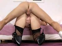 UK cougar sucking younger guy before sex