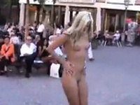 Sabrina Nude in Public Frankfurt Deutschland