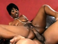Saucy ebony broad cant help but moan while riding this fat prick