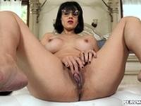 Alex cock gets hard watching Penny masturbates
