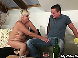 She drills her BFs old mom pussy