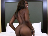 Heavenly black woman Shae Spreadz enjoys being drilled