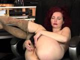 Pantyhosed milf Kimberlee loves fingering her hairy pussy