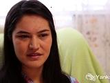Tara B tells us how she prefers older men. She rubs and