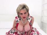 Cheating english mature lady sonia showcases her big 88JVr