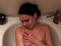 Kinky girlfriend wants to be recorded while showering