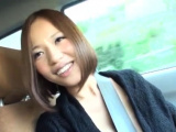 Sinful oriental maiden exposes her curves