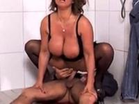 Susi gefickt in der Dusche Schwarze Strmpfe