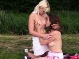 Very creamy squirt teen xxx Hot lesbians going on a picnic