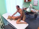 Biggest ding-dong bangs doctors fur pie