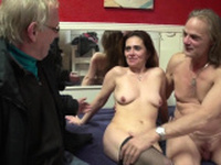 Mature dutch hooker gets creampied by tourist