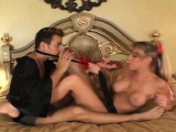 Meat member riding scene with a wanton maid