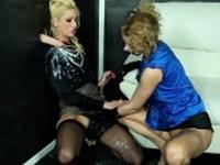 Uma and Anita Vixen at the gloryhole