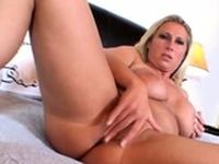 Breathtaking honey Devon Lees slit in sex action
