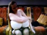 Very big boobs and very big bra! Amateur!