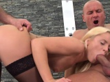Doublepenetrated babe loves taste of cock