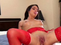 Raunchy young Taylor May enjoys her fuck experience