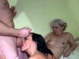 Old blonde fucking in ffm threesome